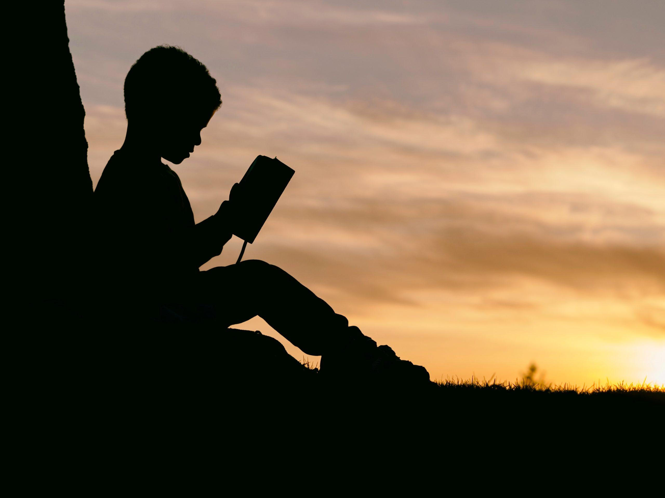 如何快速閱讀書籍?書蟲如我都這樣子看書